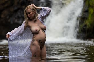 pregnant at the falls artistic nude photo by photographer korry hill
