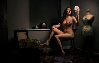 preparation artistic nude artwork by model eirwen kreed