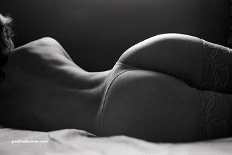 pure portrait 35 artistic nude photo by photographer paul van bueren