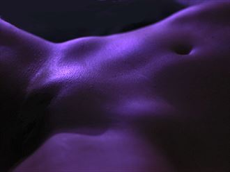 purple glow artistic nude photo by photographer jaysdaze