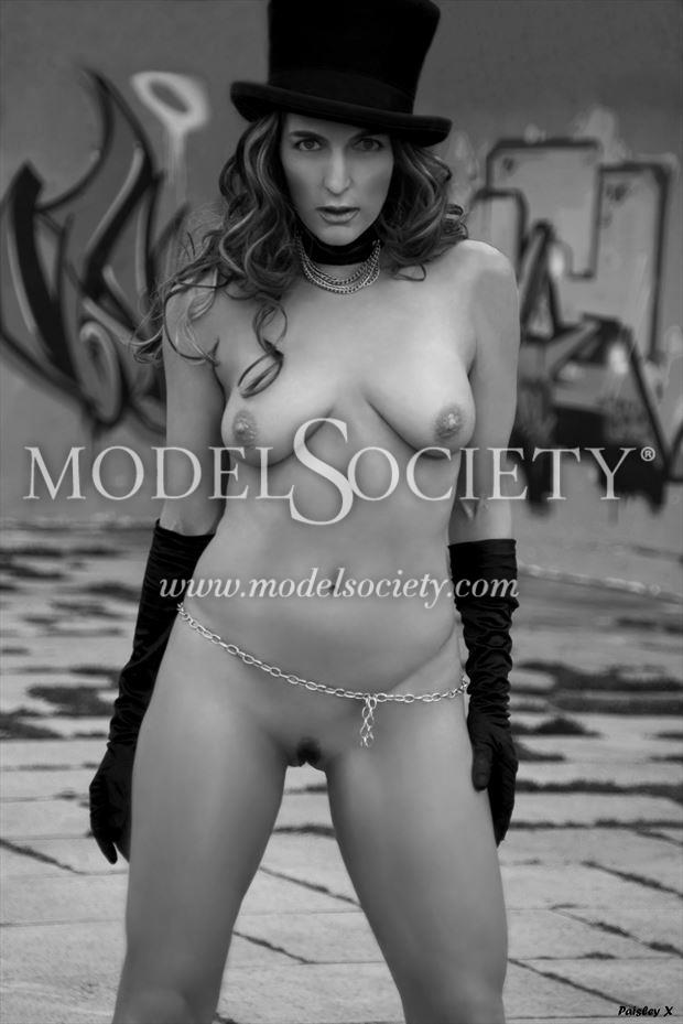 px print 27 artistic nude photo by model paisley x