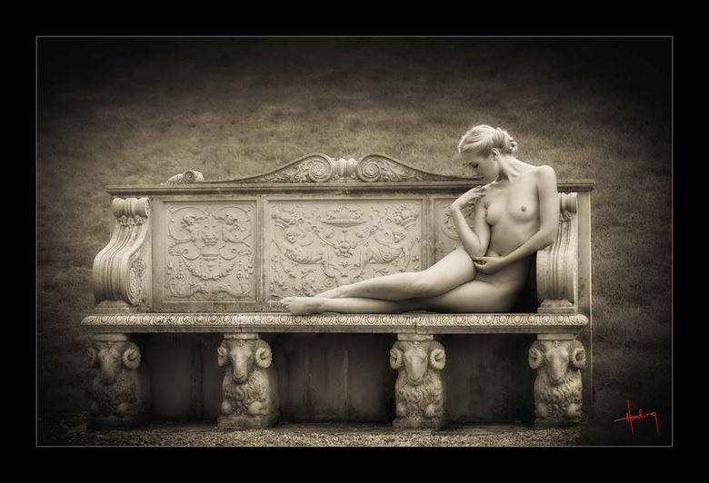 raphaella artistic nude photo by photographer doug harding