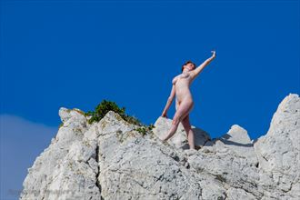 reaching the heights artistic nude photo by photographer aspiring imagery