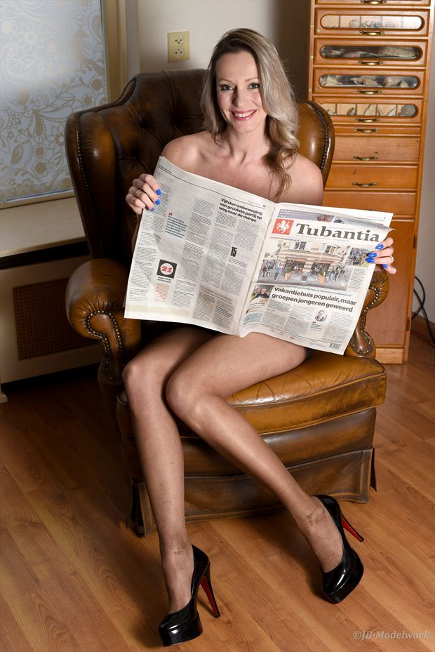 reading the news lingerie photo by photographer jb modelwork