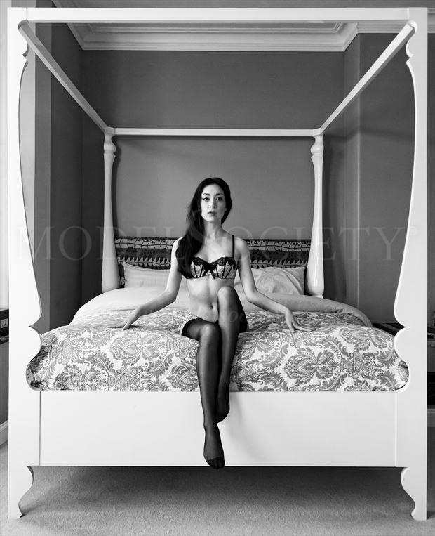 rebecca s symmetry lingerie photo by photographer ian cartwright