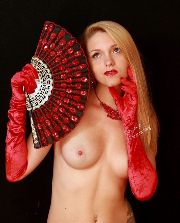 red fan artistic nude photo by photographer alan james