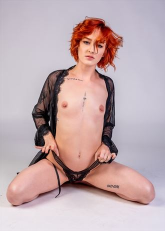red head artistic nude photo by photographer regnarg