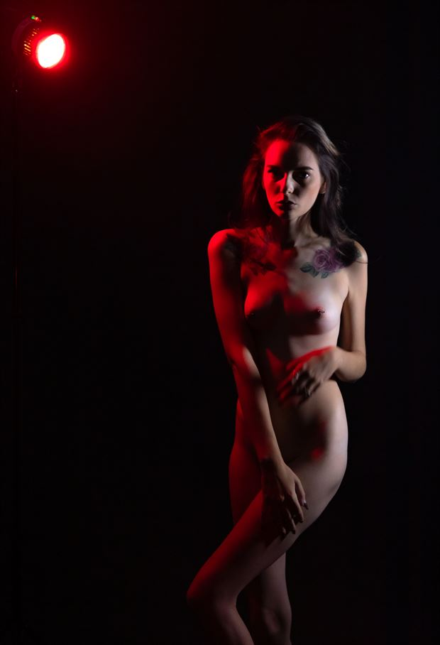 red light artistic nude photo by photographer lamont s art works