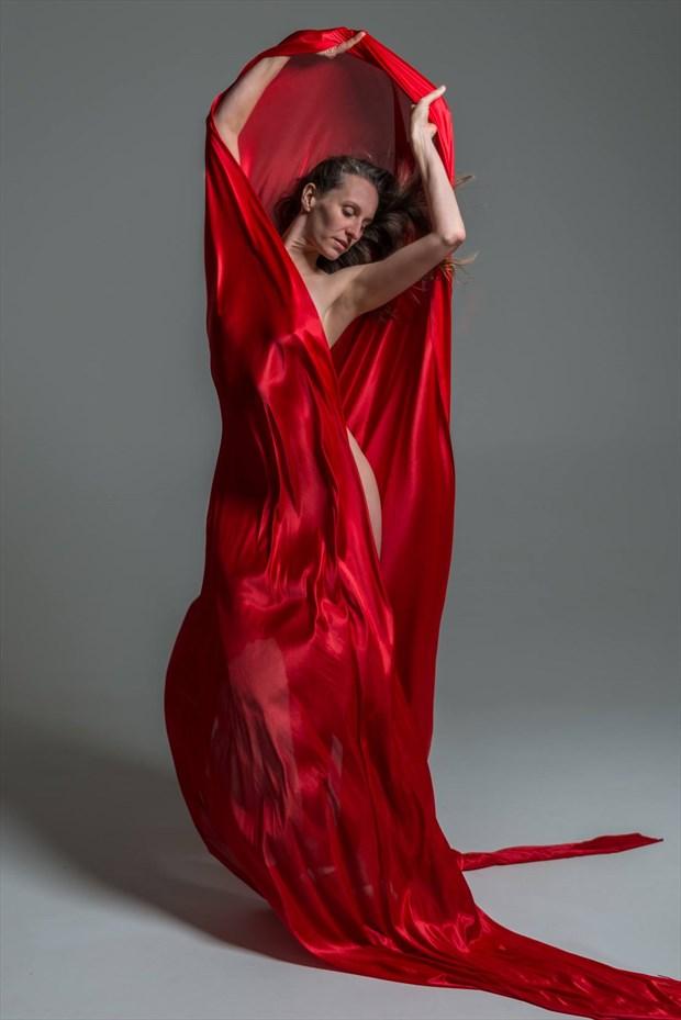 red question Studio Lighting Photo by Model Nelenu