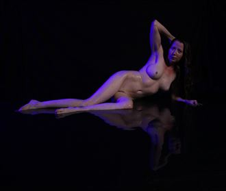 reflections artistic nude photo by photographer comet photos