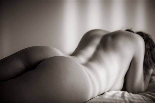relax artistic nude artwork by photographer neilh