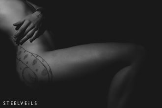 relaxing artistic nude photo by photographer steelveils
