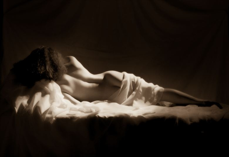 reposed artistic nude photo by photographer dnicoll