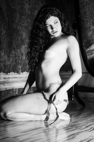 resilence artistic nude photo by photographer santo
