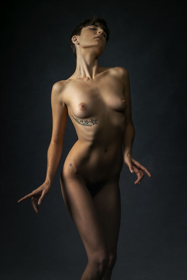 roarie artistic nude photo by artist kevin stiles
