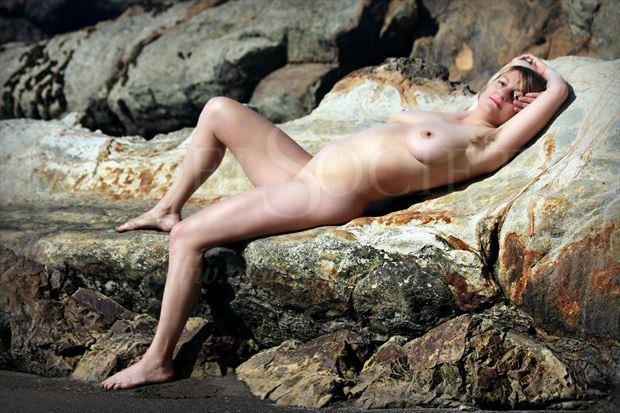rock repose artistic nude photo by artist annedelion