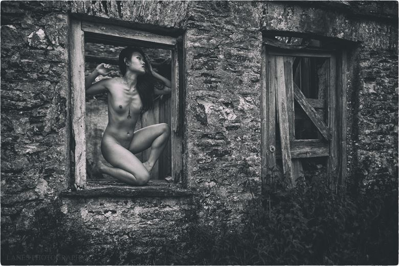 room without a view artistic nude photo by photographer lanes photography