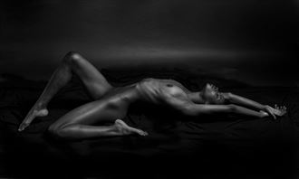 roxy artistic nude photo by photographer linninger