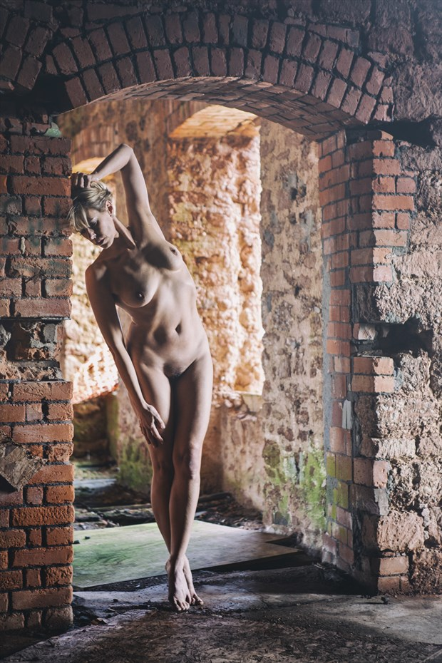 rustic red reveal Artistic Nude Photo by Photographer imagesse