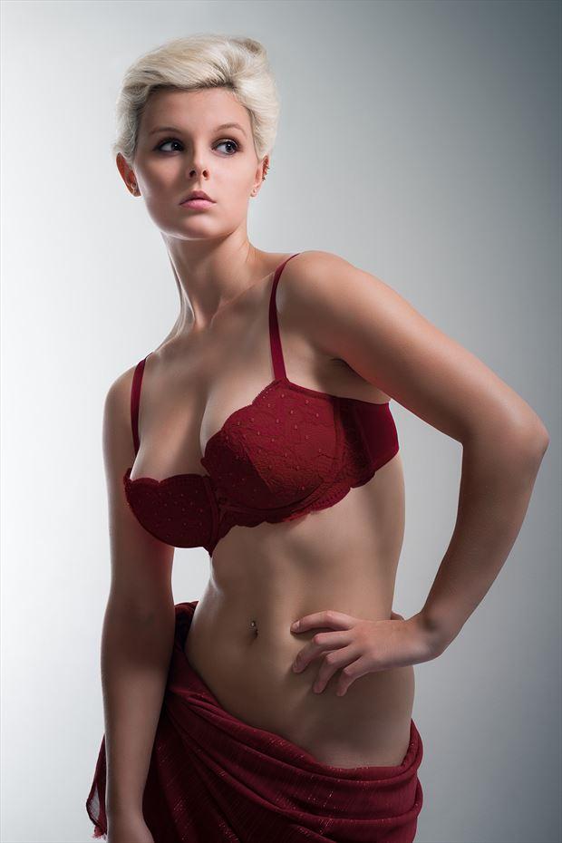 rylan lingerie photo by photographer perry van dongen