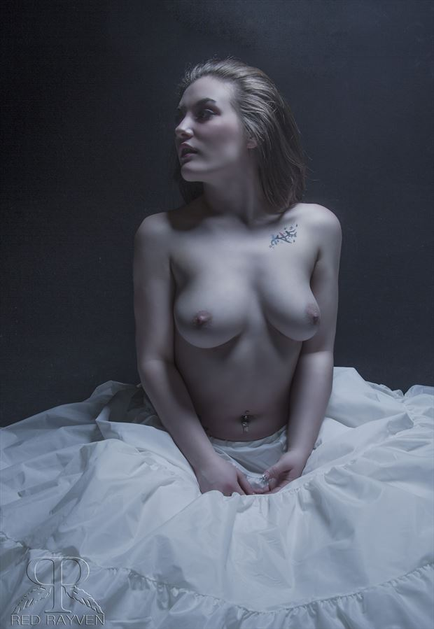 sabrina artistic nude photo by photographer red rayven