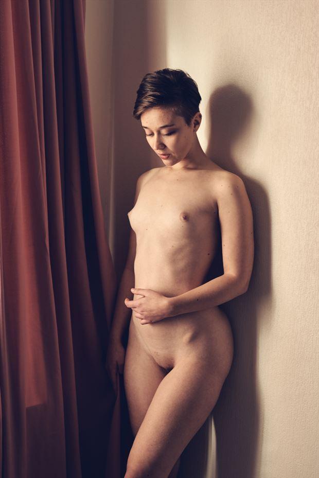 sad artistic nude photo by photographer acqua e sapone