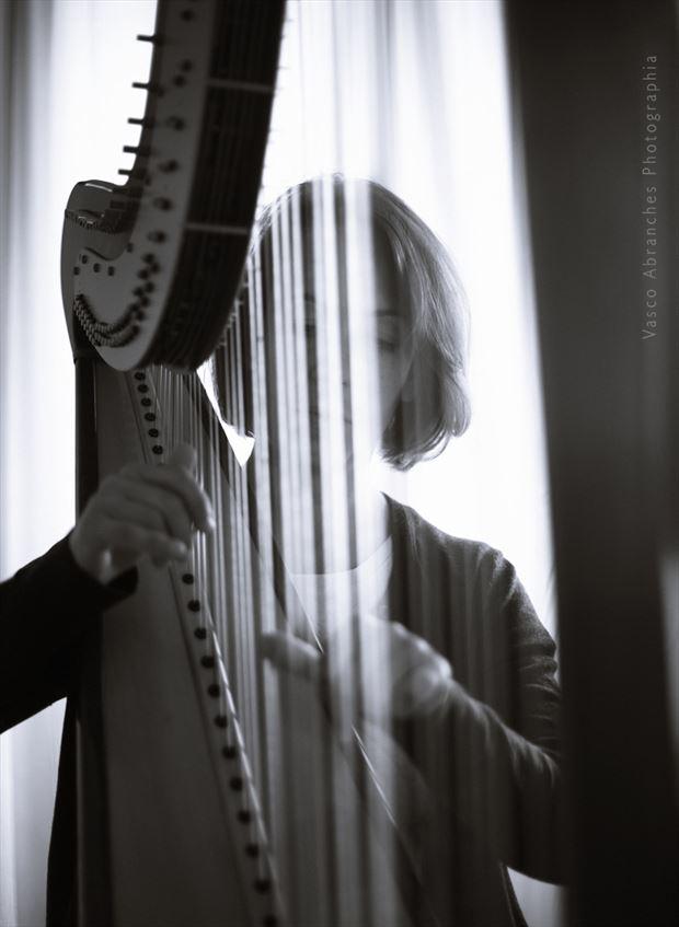 salom%C3%A9 pais matos silhouette photo by photographer vasco abranches