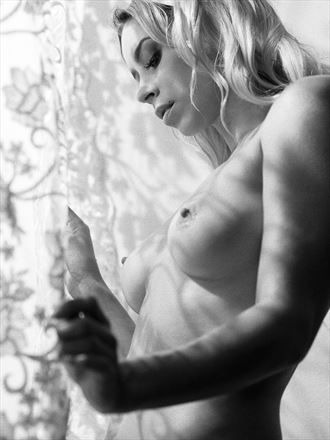 sam artistic nude photo by photographer kevin kolber