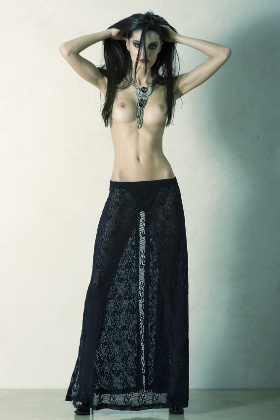 sara Artistic Nude Photo by Photographer Andrea Peria