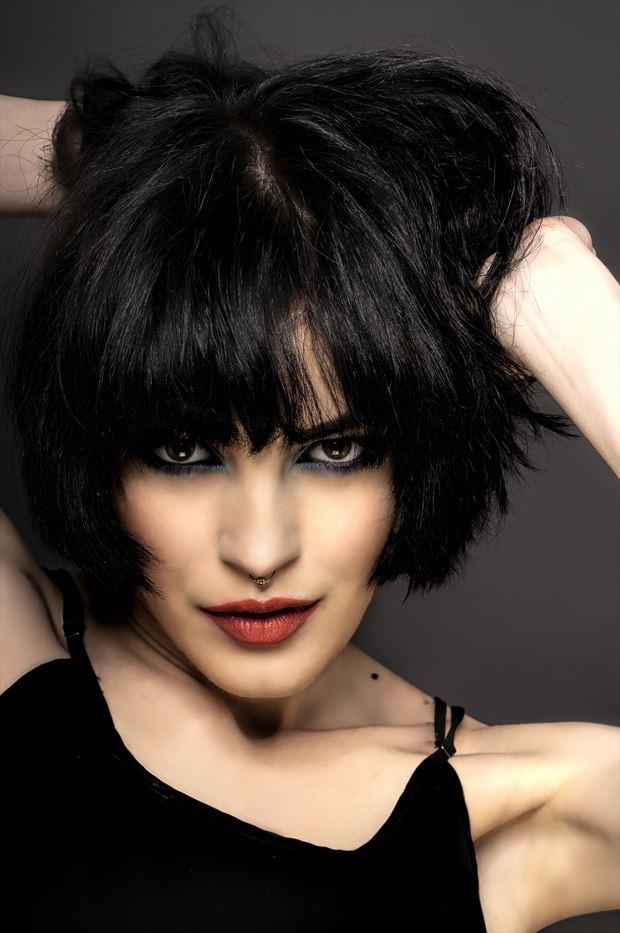 sarah portrait photo by photographer syco