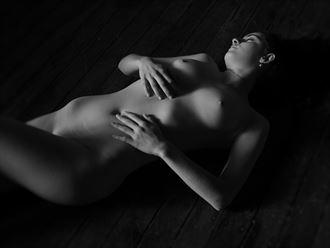 saskia chiaroscuro natural light artistic nude photo by photographer pgl05