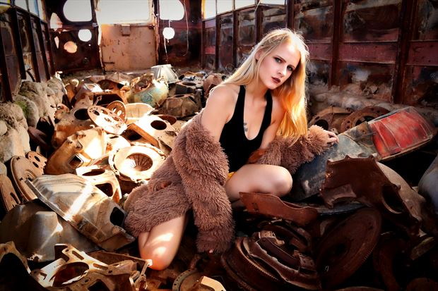 savannah alternative model photo by photographer dan stone photo