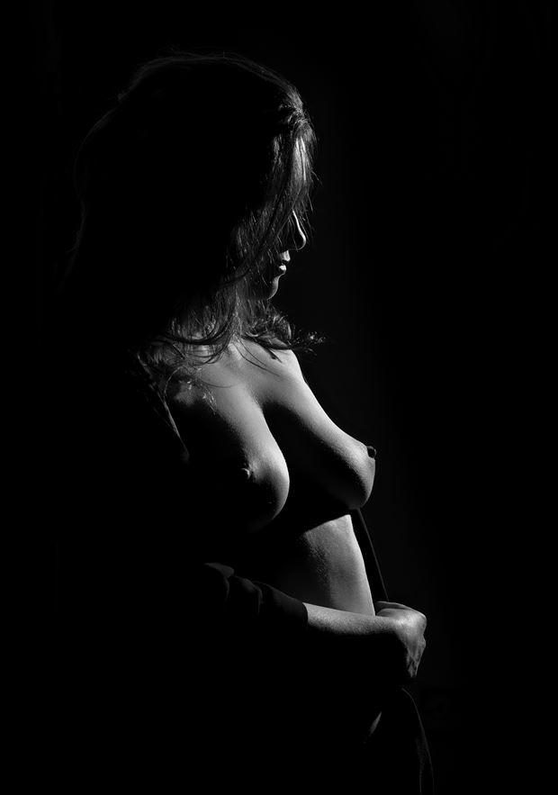sazze artistic nude photo by photographer richard byrne