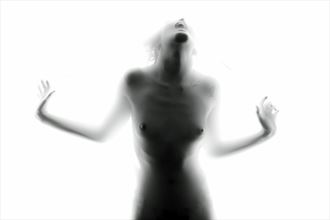 scream artistic nude photo by photographer werner lobert