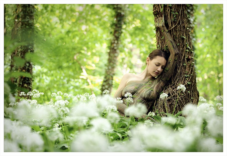 secret of the woods Artistic Nude Photo by Photographer Laila Pregizer