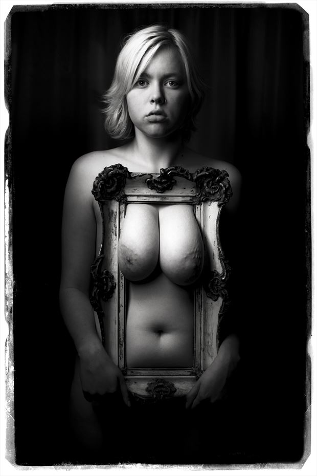 seeing the rest of me artistic nude photo by photographer deimos