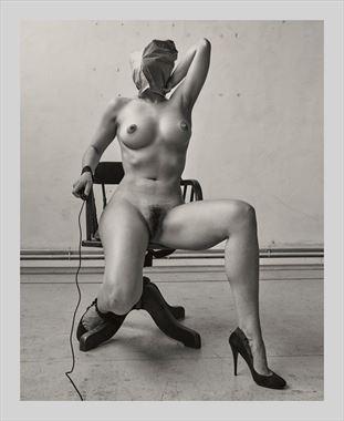 self artistic nude photo by model lni