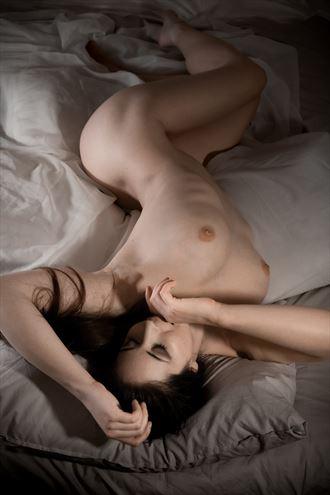 self portrait artistic nude photo by model elle beth