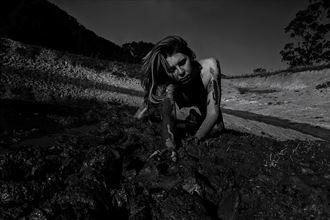 self portrait artistic nude photo by model riley jade