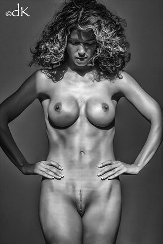 self reflection artistic nude photo by photographer dennis keim