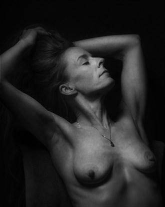 sensual alternative model photo by photographer curvedlight