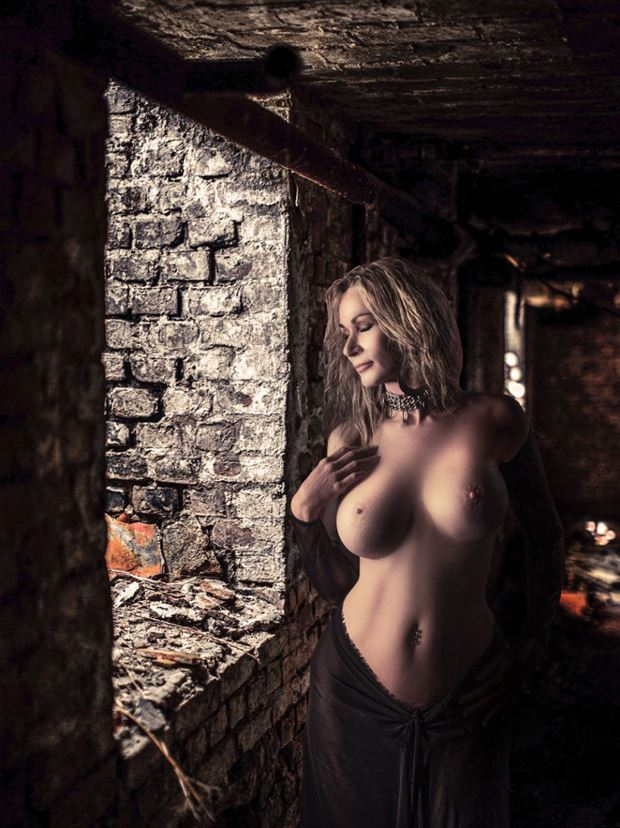 sensual emotional photo by model sirsdarkstar