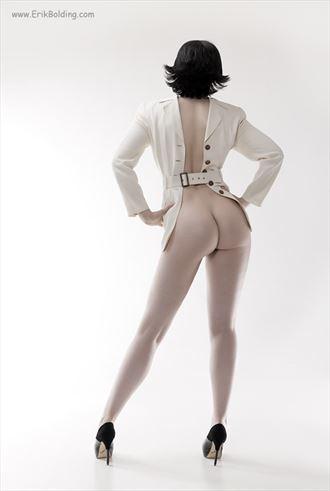 sensual glamour photo by photographer erik bolding