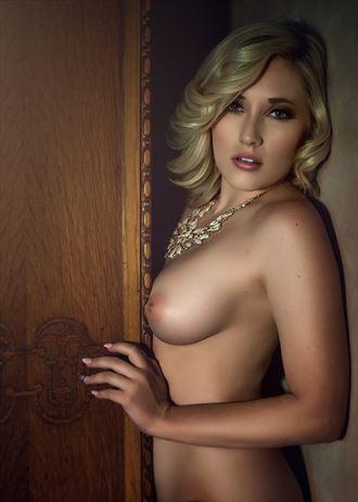 sensual glamour photo by photographer jw53