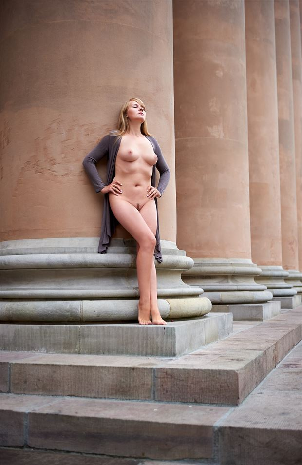 sensual natural light artwork by photographer mick gron
