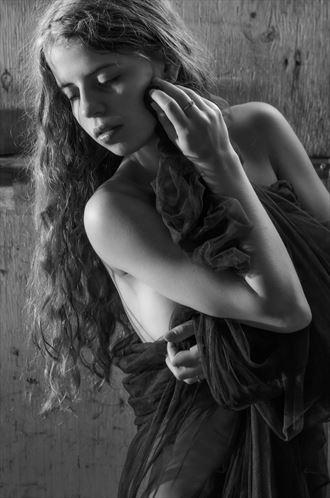 sensual portrait photo by model victoria mcinroe