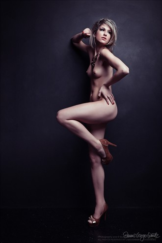 sensual posture Artistic Nude Photo by Photographer Largo
