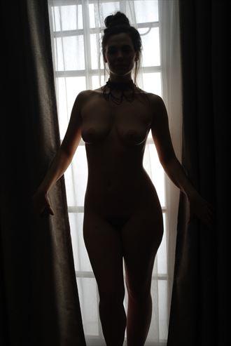 sensual silhouette photo by photographer zames curran
