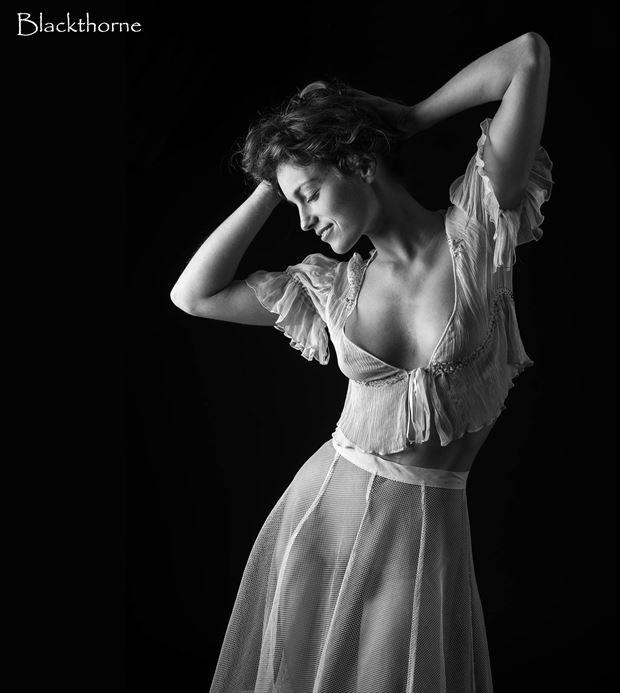sensual studio lighting photo by photographer blackthorne