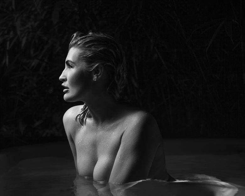 sensual studio lighting photo by photographer eecapture